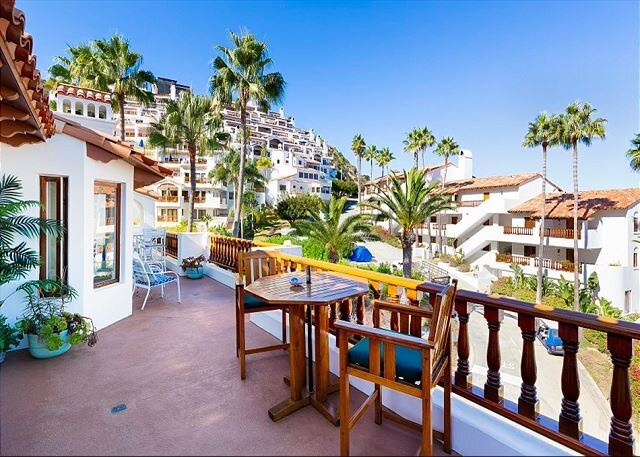 Hamilton Cove | Ocean-View Terrace & Private Golf Cart | Pool, Tennis & Gym, holiday rental in Avalon