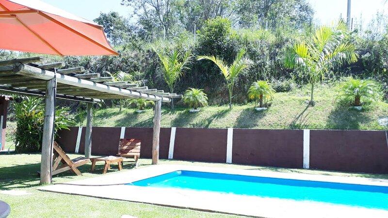 Chácara Toca da Onça Piscina climatizada, location de vacances à Aruja