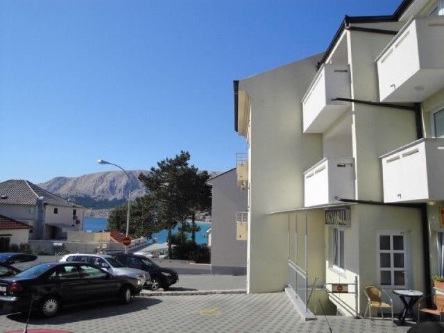Apartments Villa Akvarij, location de vacances à Jurandvor
