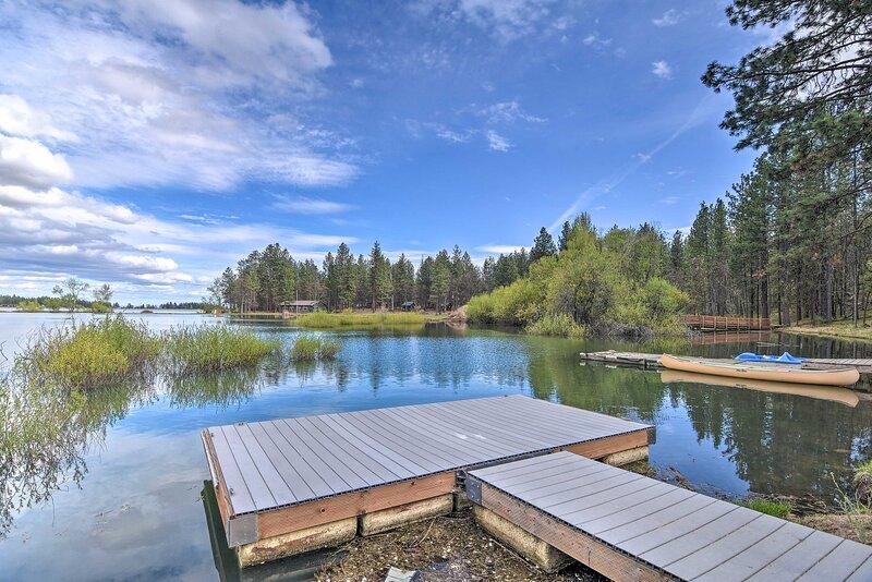 NEW! Hidden Gem w/ Views on Pine Hollow Reservoir!, casa vacanza a Tygh Valley