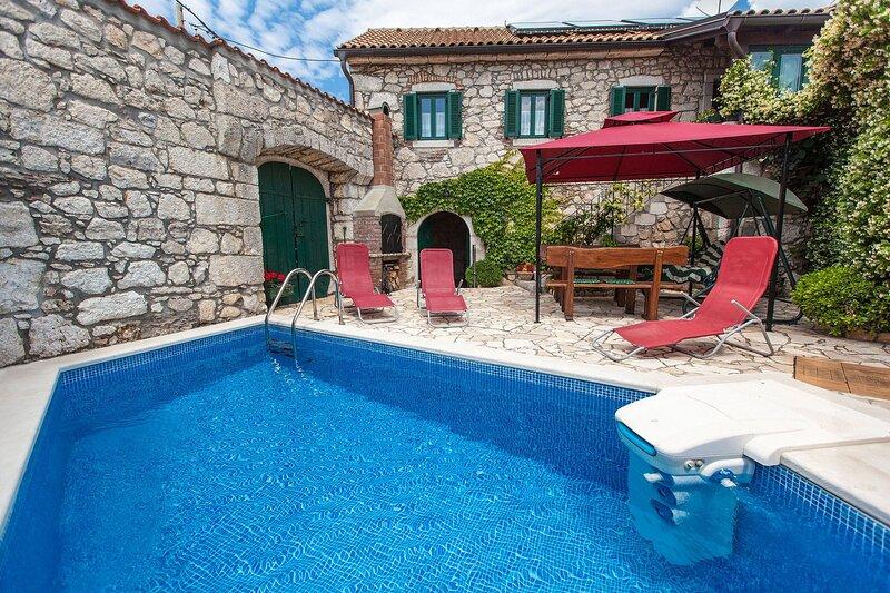 Villa HEDONIA, holiday rental in Kamenjak