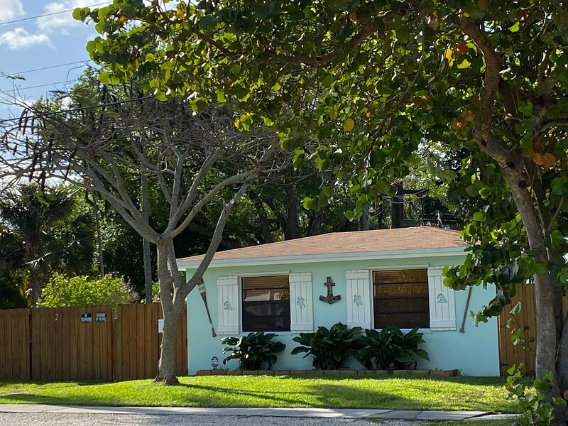 Great for Family & Friends, holiday rental in Dania Beach