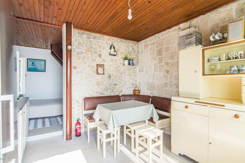 House Solros, location de vacances à Zizanj Island