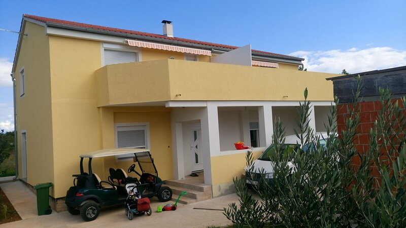 Apartments Sunset, holiday rental in Silba
