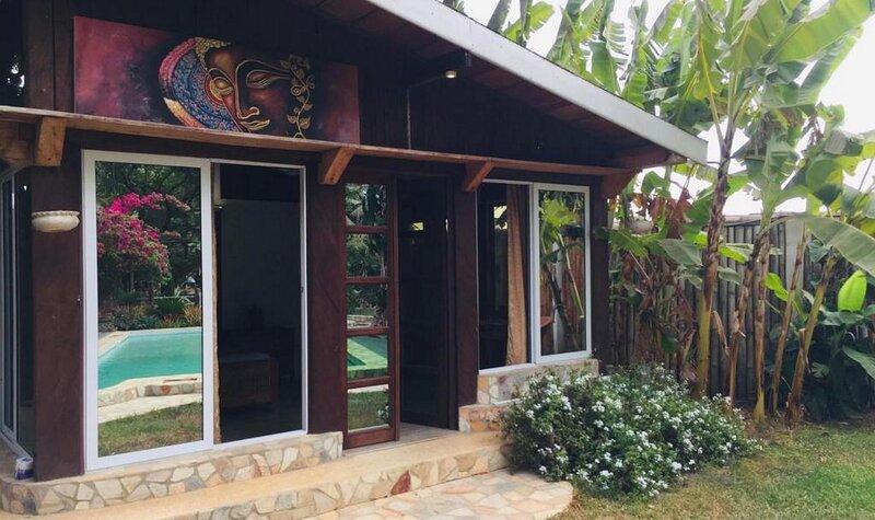 Kokrobite Garden - Family House, casa vacanza a Kasoa