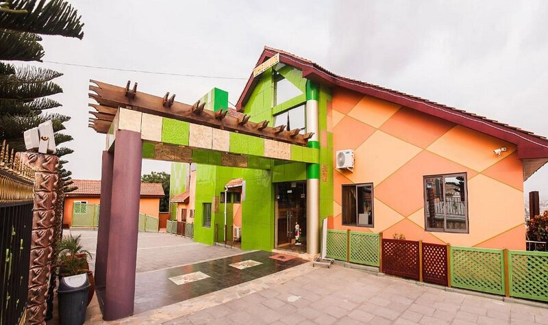 Hill View Hotel Accra North, holiday rental in Central Region