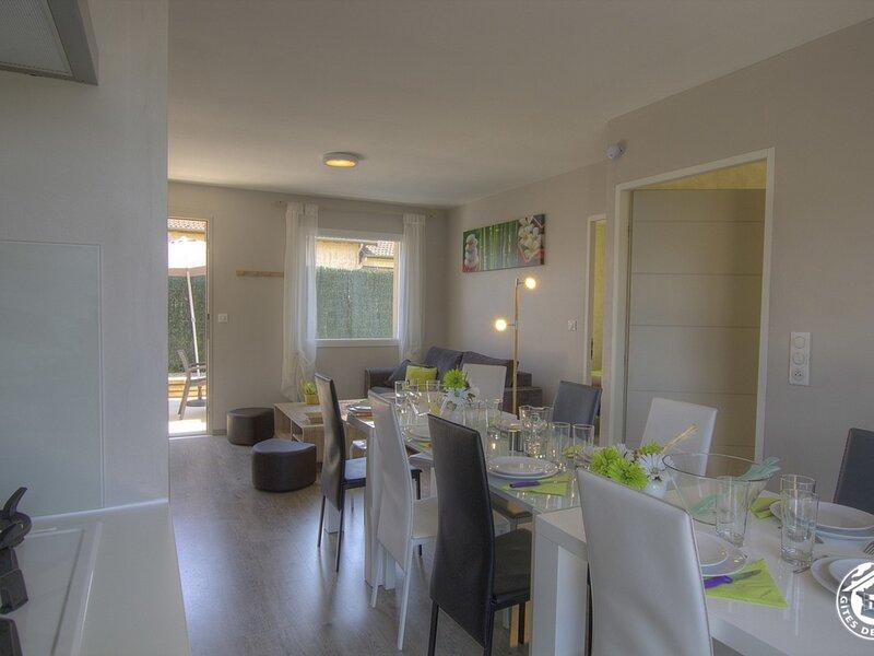 Gîte Com'à la maison, location de vacances à Saint-Baudille-de-la-Tour