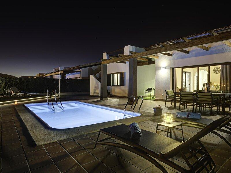 Villa el Molino private pool solarium, vacation rental in Pozo Negro
