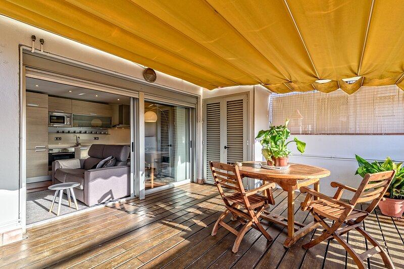 Apartamento con encanto en Barcelona y Playa, holiday rental in Badalona