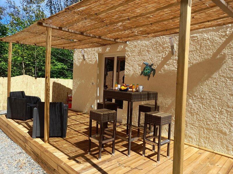 Maisonnette A Santa Ghjulia entre Mer & Montagne, holiday rental in Castello-di-Rostino