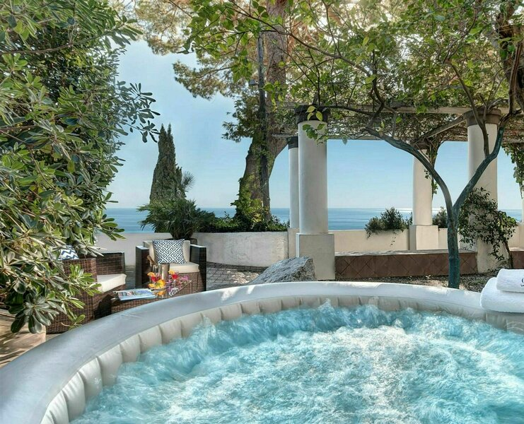 Villa Marina Little Beach, holiday rental in Marina Piccola