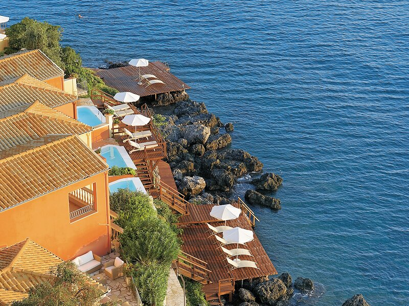 2 Bedroom Rock Villa Private Pool Waterfront Sea Deck, holiday rental in Kanálion