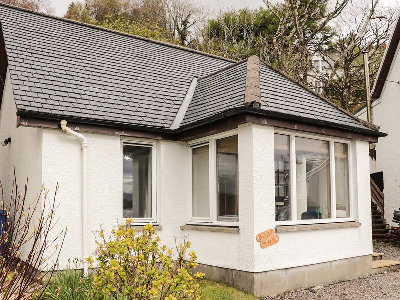 Boatman's Cottage, Kyle Of Lochalsh, vacation rental in Drumbuie