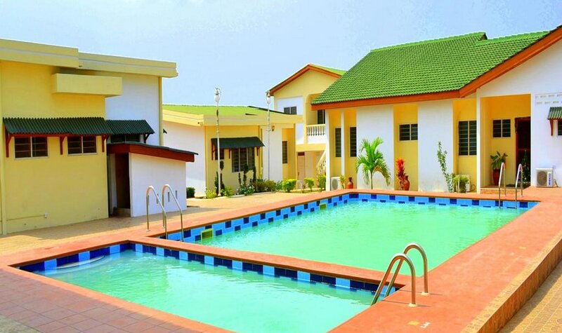 Hotel Loreto-twin Room with Mountain View, holiday rental in Central Region