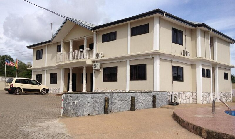 Hotel Francilia-standard Double, holiday rental in Central Region
