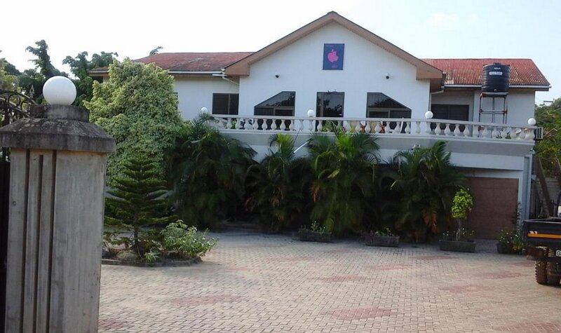 Eden Lodge, Cape Coast, holiday rental in Central Region