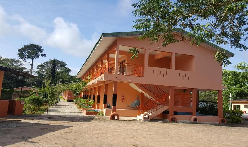 Hans Cottage Botel in Cape Coast, holiday rental in Central Region