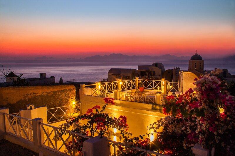 SantoriniParadise: Sunset Studio, location de vacances à Tholos