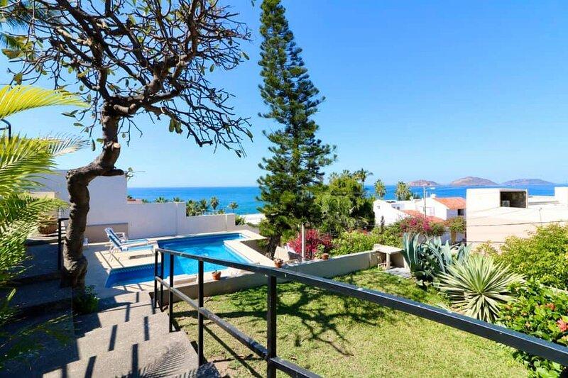 Luxury Condo with Ocean Views - Vista Azul, holiday rental in Mazatlan