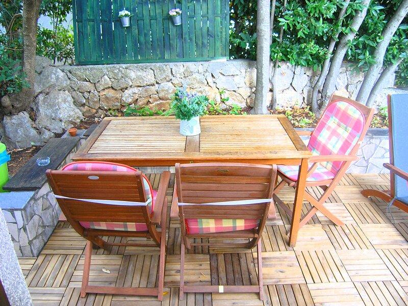 Apartment Tamara P, holiday rental in Baska