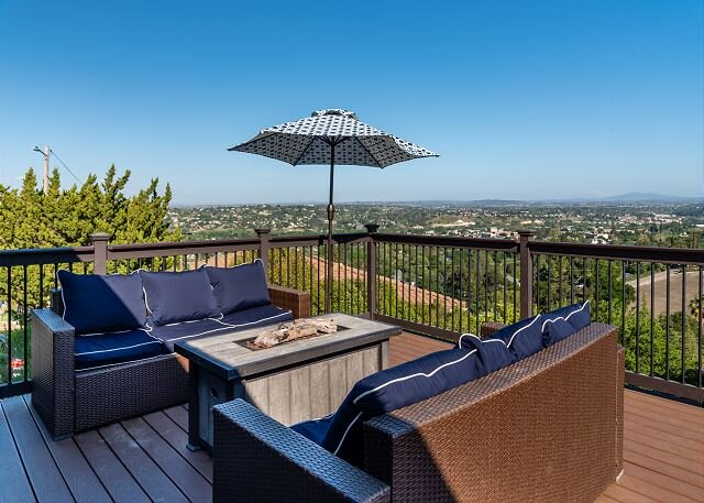 Highland Park Panorama--Your Window to the World of Paso Robles Wine Country, holiday rental in Lake Nacimiento