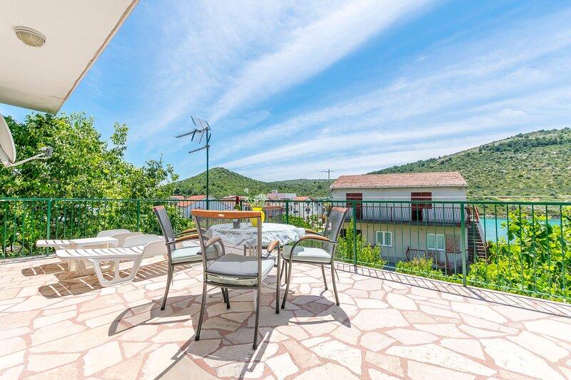 House Sunčani dvori, holiday rental in Podglavica