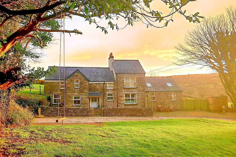 The Old Farmhouse, holiday rental in St. Breward