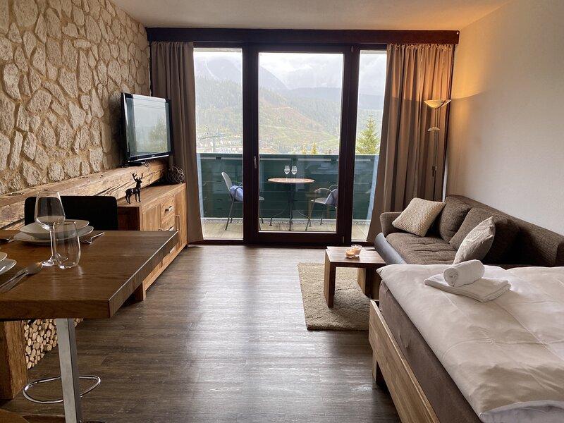 Alpine Studio Apartment, holiday rental in Schladming