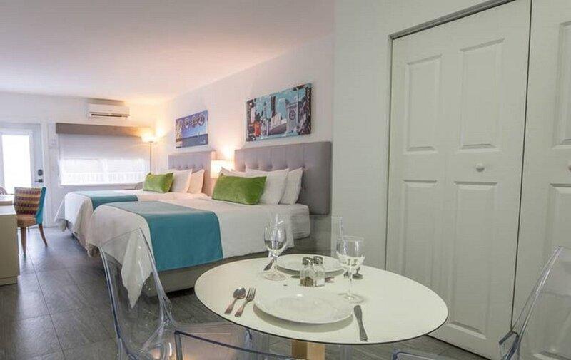 Modern Living in the Heart of Exclusive North Beach Miami, casa vacanza a North Bay Village