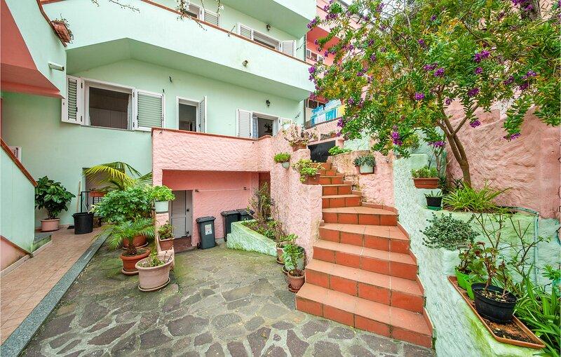 Amazing apartment in La Maddalena with 1 Bedrooms (IGG207) – semesterbostad i Moneta
