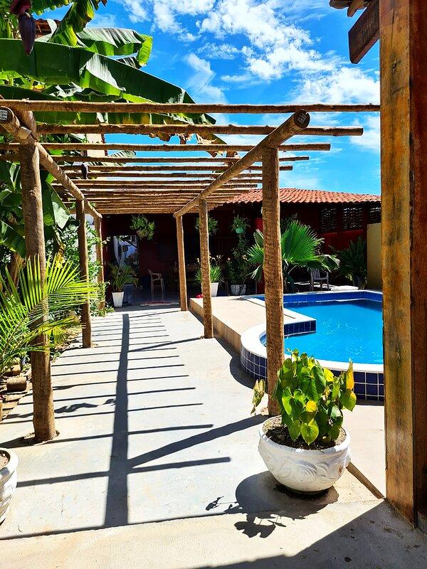 Casa com Wi-Fi e lazer em Porto de Pedras - AL, holiday rental in Barra Grande