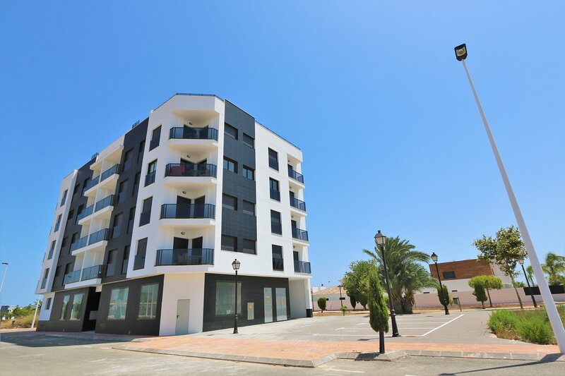 VDE-087 Modern 2 bed apartment with pool close to beach in San Pedro, holiday rental in Los Cuarteros
