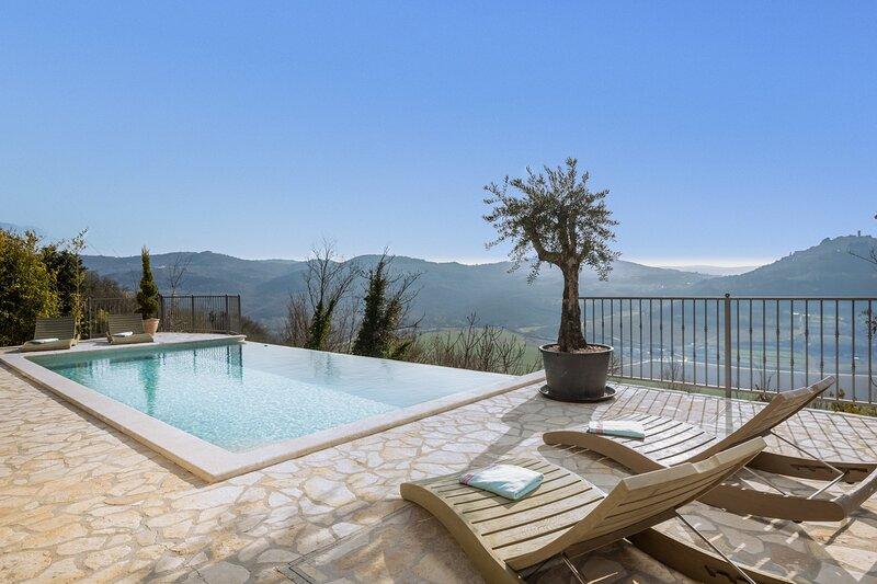 Beautiful villa San Bartolo in Istria, holiday rental in Motovun