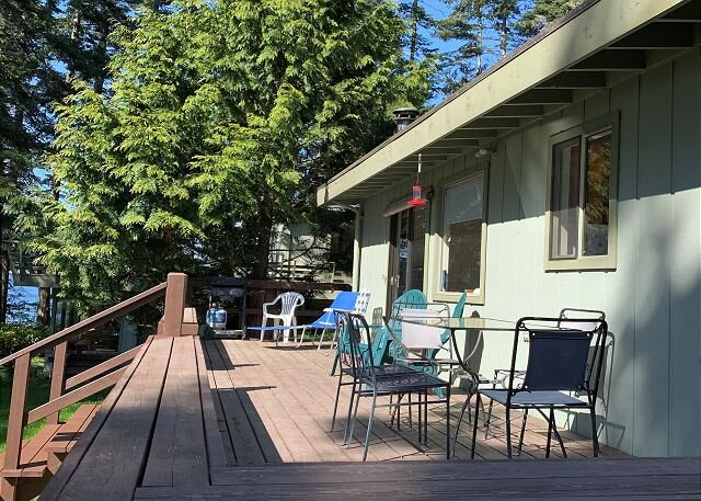 122 - Mutiny Bay Waterfront Cabin, vacation rental in Freeland