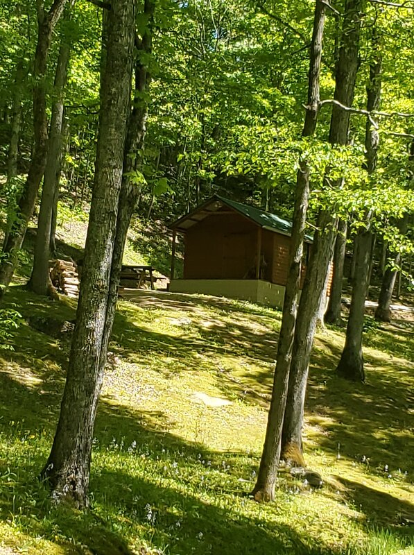 H & P Cabins, Secluded area, by the Kentucky River #2, aluguéis de temporada em Beattyville