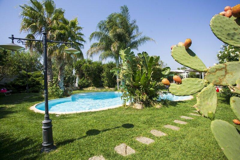 Casa Tra i Due Mari, vacation rental in Torre Santa Susanna