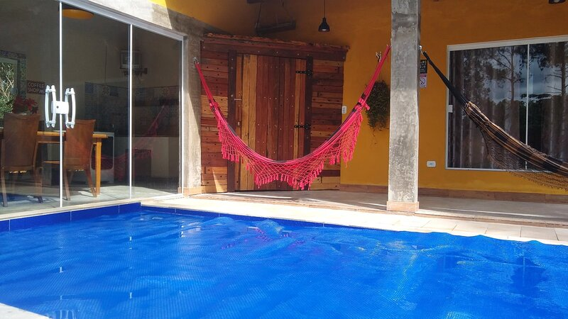 Chácara em santa Isabel piscina aquecida, alquiler de vacaciones en Piracaia