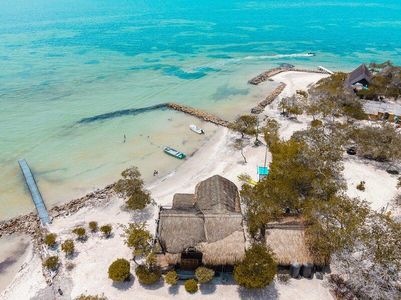 Casa frente al mar en Isla Baru: Oasis La Curiosa★, location de vacances à Isla Grande