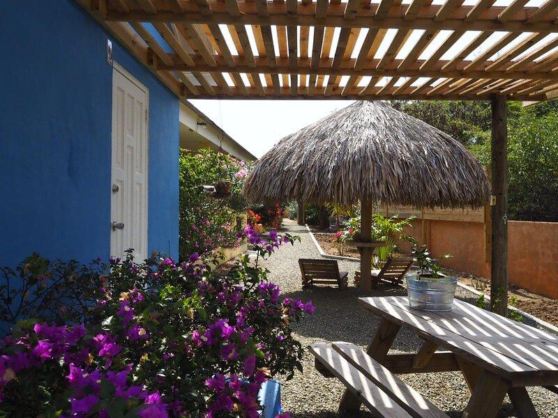 Balashiappartementen - Unieke appartementen op Balashi 7d Aruba, holiday rental in Sabana Basora