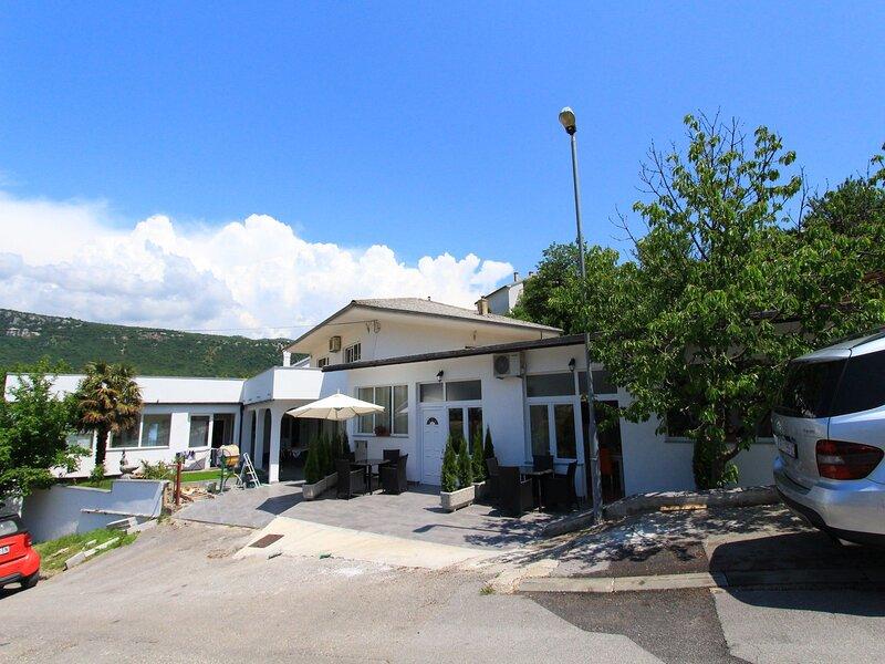 Apartments NERO, holiday rental in Novi Vinodolski