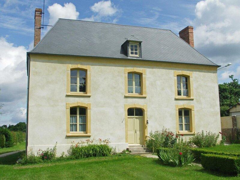 Presbytère de la Charentonne, location de vacances à Moulins-la-Marche