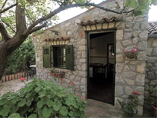 Apartments Cvita, vacation rental in Premuda