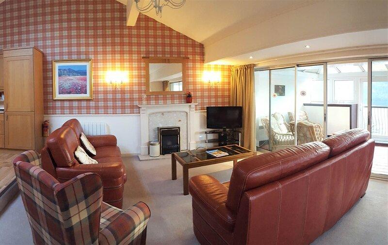 Loch Rannoch Highland Lodge (45), casa vacanza a Tummel Bridge