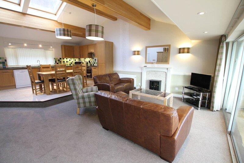 Loch Rannoch Osprey Lodge, holiday rental in Kinloch Rannoch