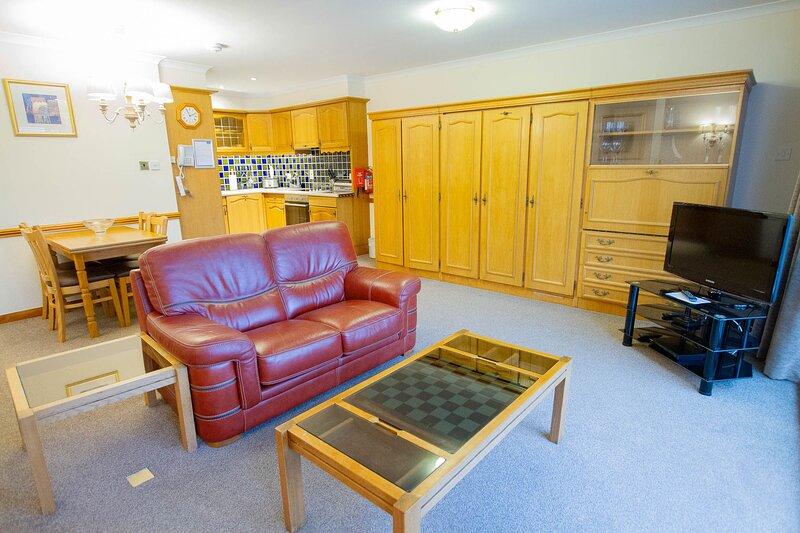 Loch Rannoch Red Squirrel Lodge (4), casa vacanza a Tummel Bridge