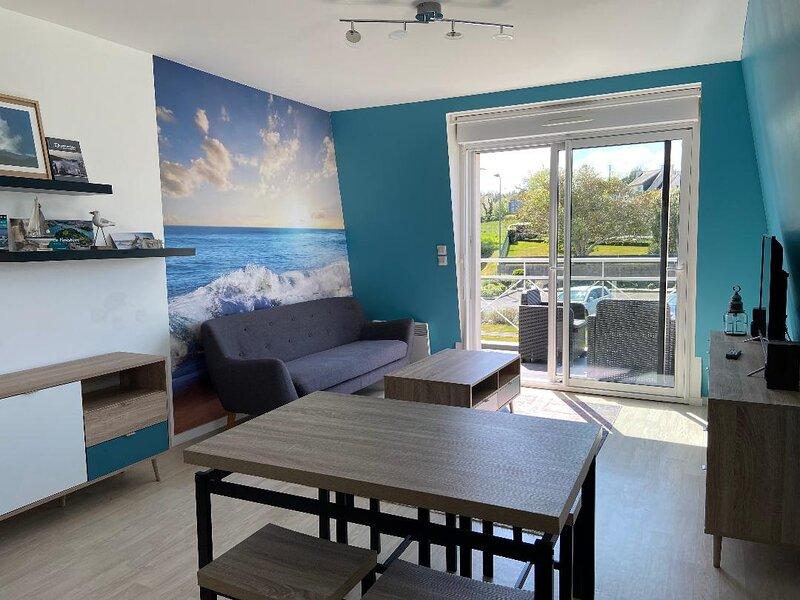 Appartement moderne à 1km de la plage à Douarnenez, holiday rental in Treboul