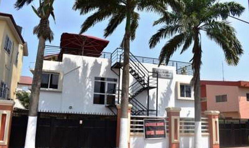 Cascade Hotel, Lapaz, vacation rental in Odorkor
