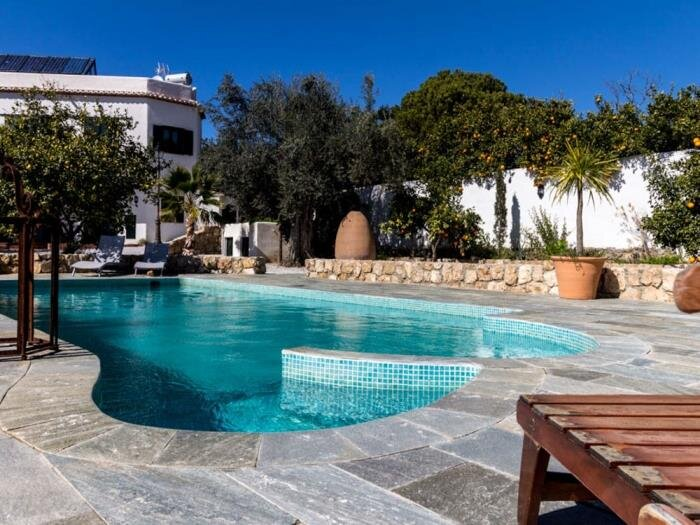 Lovely house with pool, garden and views, vacation rental in Pinos del Valle