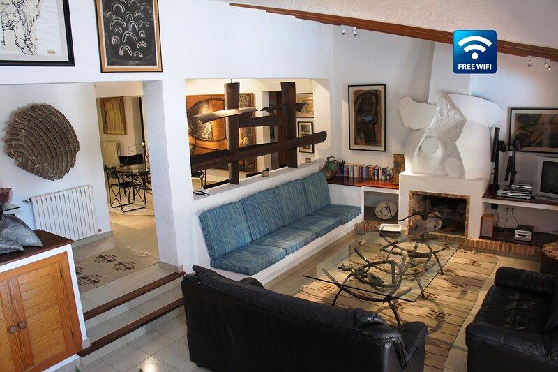 Villa Norai - Preciosa villa en Pollensa del escultor y artista Miquel Cerdà., alquiler de vacaciones en Pollença
