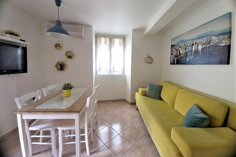 One bedroom apartment Supetar, Brač (A-5657-a), holiday rental in Sumpetar